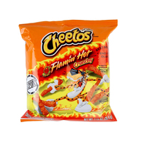 Cheetos Crunchy Flamin'Hot Cheese Snacks 35g